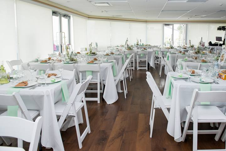 Aim 2 Pleeze Catering And Decorating Services