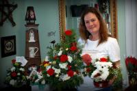 Moms Flower Shoppe