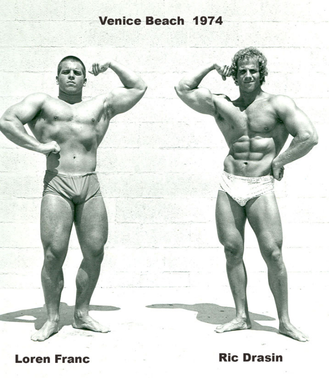 CLA, short for conjugated linoleic acid, is an omega-6 fatty acid. This healthy fat supports overall health by reducing inflammation and acting as an antioxidant in the body, reducing free radical damage that leads to signs of aging and disease.